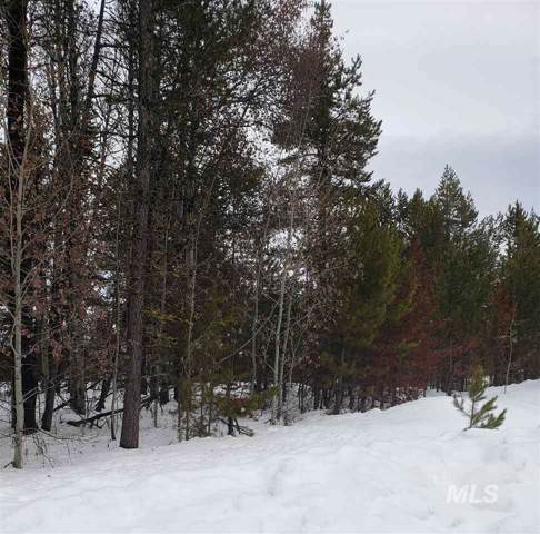 52 Grand Fir, Donnelly, ID 83615 (MLS #98756094) :: Minegar Gamble Premier Real Estate Services