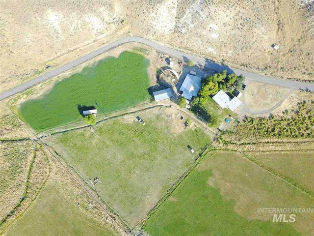 3895 Bully Creek Rd, Westfall, OR 97920 (MLS #98756624) :: Givens Group Real Estate