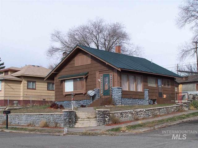 174 E 4TH AVE, Glenns Ferry, ID 83623 (MLS #98756706) :: New View Team