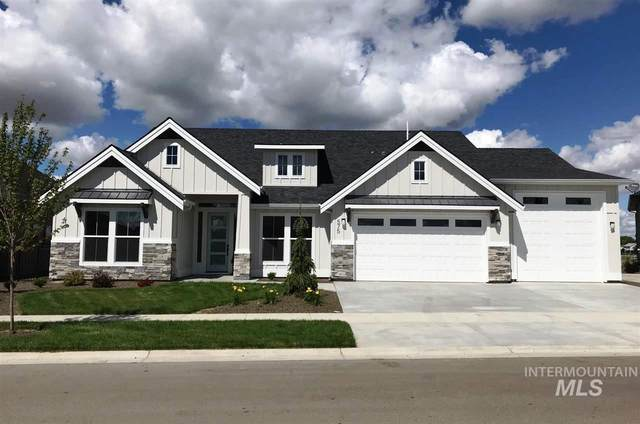 454 S Aspen Lakes Way, Star, ID 83669 (MLS #98757059) :: Givens Group Real Estate