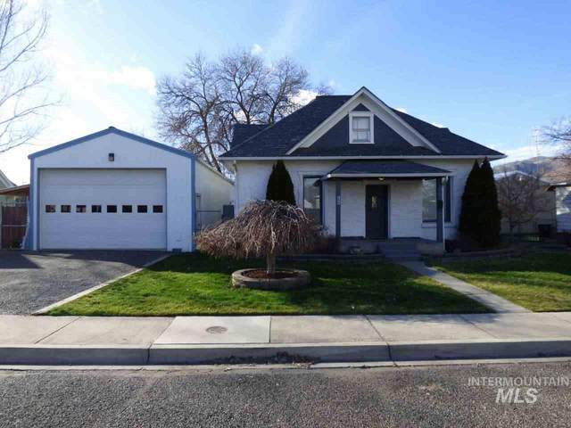 422 11th Street, Clarkston, WA 99403 (MLS #98757189) :: Navigate Real Estate