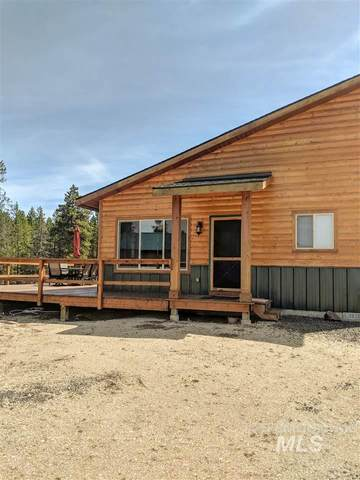 32 Nugget Drive, Cascade, ID 83611 (MLS #98757455) :: Bafundi Real Estate