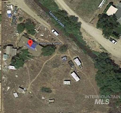 3725 W Pine Ave, Meridian, ID 83642 (MLS #98757609) :: Full Sail Real Estate