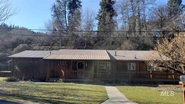 520 N Park St, Peck, ID 83545 (MLS #98757905) :: Juniper Realty Group