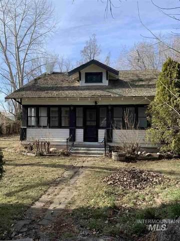 621 N 42nd Street, Nampa, ID 83687 (MLS #98758138) :: Minegar Gamble Premier Real Estate Services