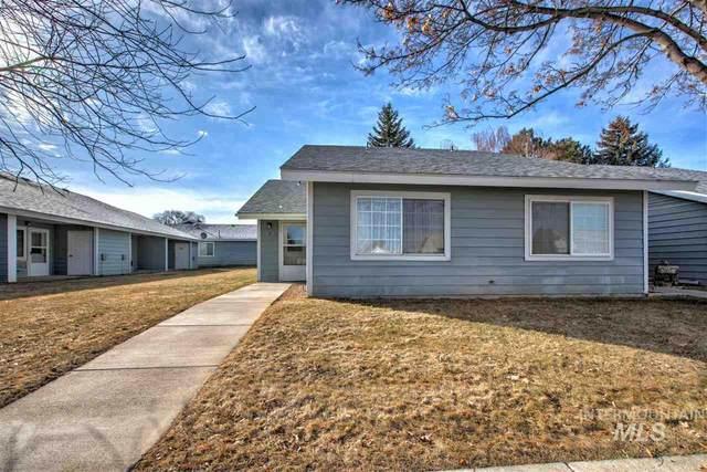 305 6th St, Filer, ID 83328 (MLS #98758371) :: 208 Real Estate