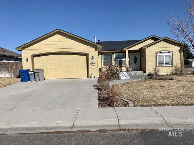 902 W 4th St North, Mountain Home, ID 83647 (MLS #98758704) :: Navigate Real Estate