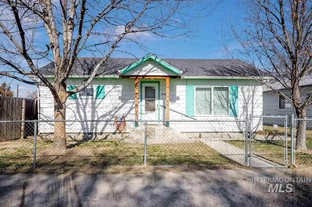 344 Fargo Ave, Notus, ID 83656 (MLS #98758872) :: Silvercreek Realty Group
