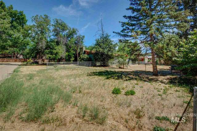 8005 Queen Street, Boise, ID 83704 (MLS #98759802) :: Build Idaho
