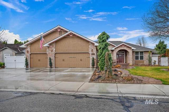 1043 E Cayman Dr, Meridian, ID 83642 (MLS #98760008) :: Team One Group Real Estate