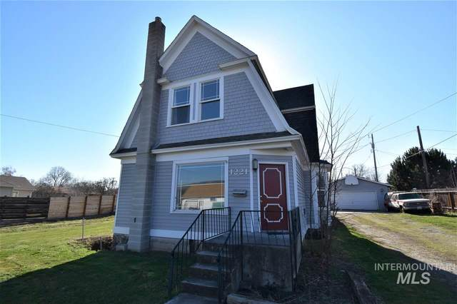 1221 Libby Street, Clarkston, WA 99403 (MLS #98760010) :: Team One Group Real Estate