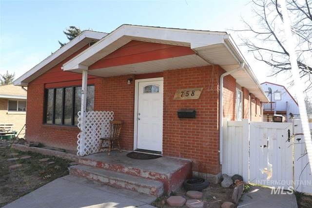 758 Juniper St, Twin Falls, ID 83301 (MLS #98760052) :: Team One Group Real Estate