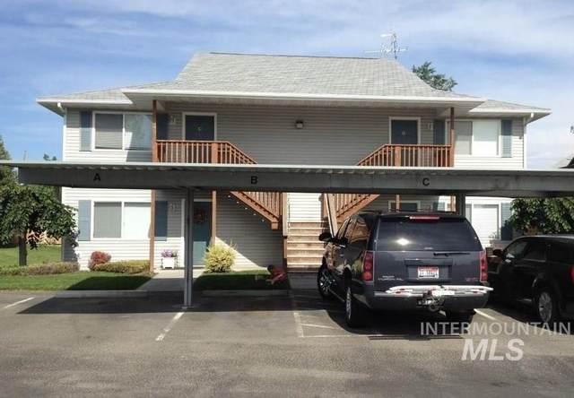 2140 Elizabeth Blvd., Twin Falls, ID 83301 (MLS #98760309) :: Juniper Realty Group
