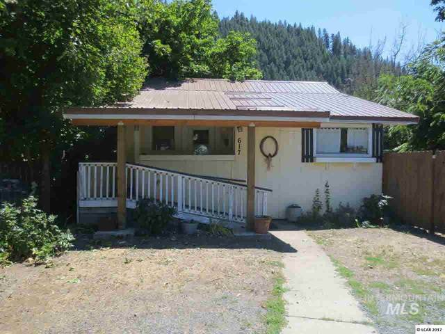 617 Michigan Avenue, Orofino, ID 83544 (MLS #98760373) :: Michael Ryan Real Estate