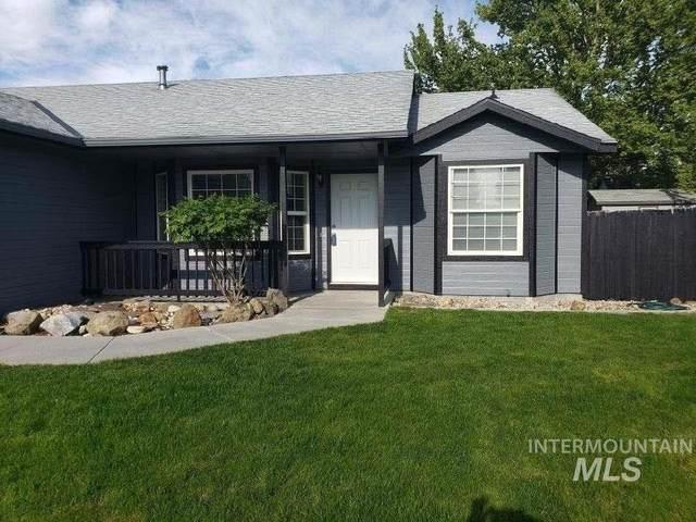 1436 W Hayfield Ct, Kuna, ID 83634 (MLS #98760542) :: New View Team