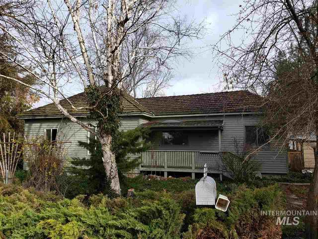 2001 Butte View Dr, Caldwell, ID 83605 (MLS #98760598) :: Team One Group Real Estate