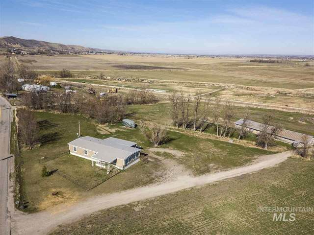 2352 W South Slope Rd, Emmett, ID 83617 (MLS #98760945) :: City of Trees Real Estate