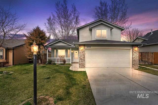 8258 W Orbit Dr, Boise, ID 83709 (MLS #98761136) :: City of Trees Real Estate