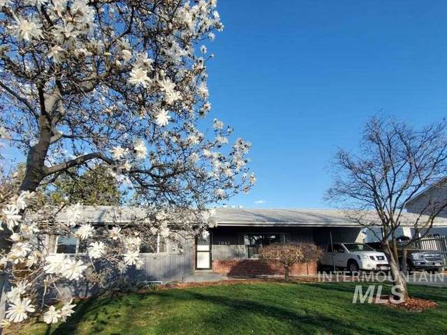 1051 29th St, Lewiston, ID 83501 (MLS #98761366) :: Boise River Realty