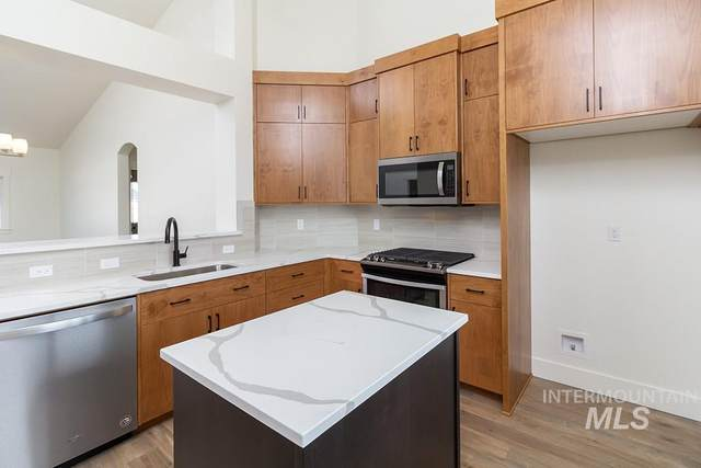 1222 W Elias Dr., Meridian, ID 83642 (MLS #98761394) :: Jon Gosche Real Estate, LLC