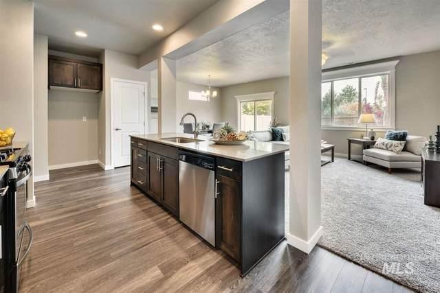 3122 N Laughridge Ave, Meridian, ID 83646 (MLS #98761491) :: Boise River Realty