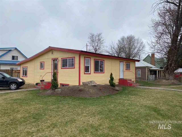 420 SE 2nd St, Ontario, OR 97914 (MLS #98761624) :: New View Team