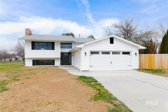 5301 S Commanche Circle, Boise, ID 83709 (MLS #98761738) :: Full Sail Real Estate