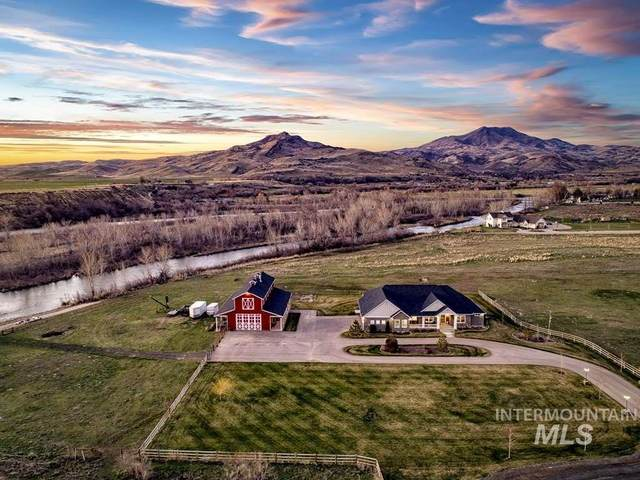 2830 Chuckwagon Lane, Emmett, ID 83619 (MLS #98761911) :: Juniper Realty Group