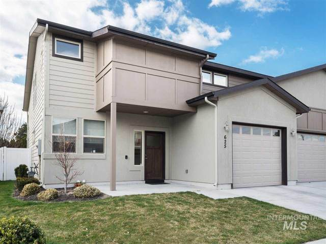 625 N Escalade, Nampa, ID 83651 (MLS #98762348) :: City of Trees Real Estate