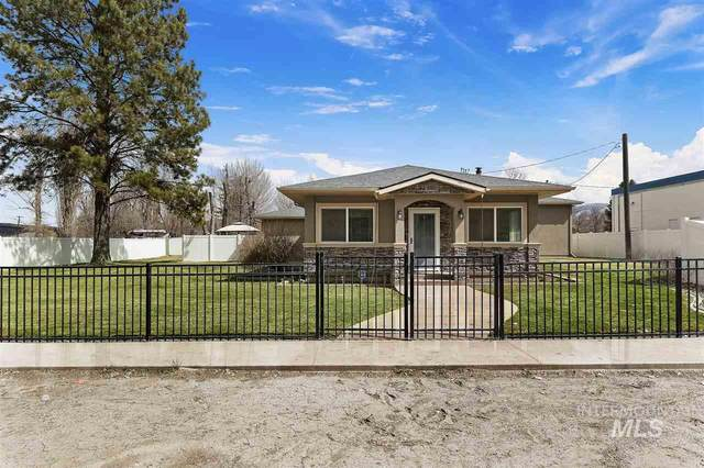 140 N Center Ave, Oakley, ID 83346 (MLS #98762445) :: New View Team
