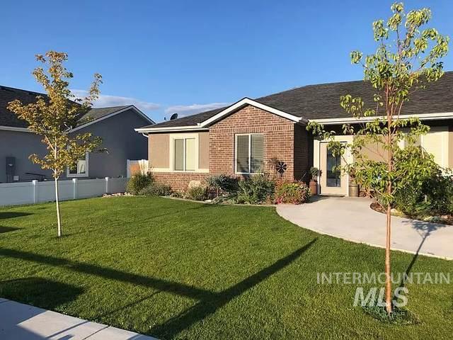 611 Lochsa Loop, Heyburn, ID 83336 (MLS #98762467) :: Jon Gosche Real Estate, LLC