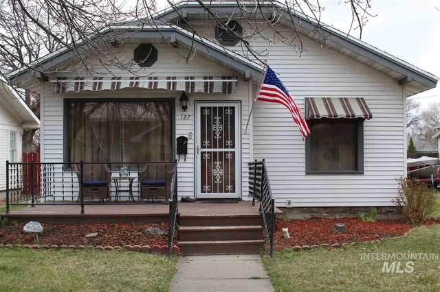 127 10th Ave E, Twin Falls, ID 83301 (MLS #98762494) :: Jon Gosche Real Estate, LLC