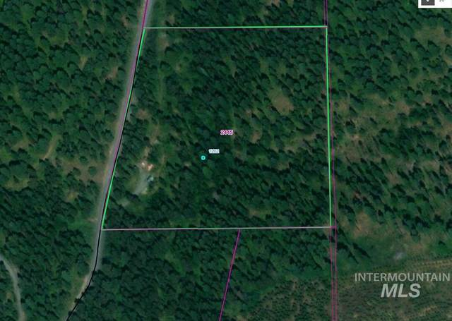 1202 Nora Creek, Troy, ID 83871 (MLS #98762583) :: Story Real Estate