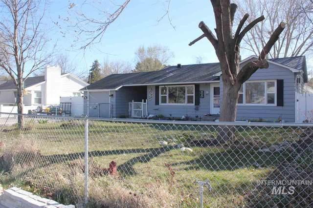 1817 S Montana Wyoming Ave., Caldwell, ID 83605 (MLS #98762602) :: Bafundi Real Estate