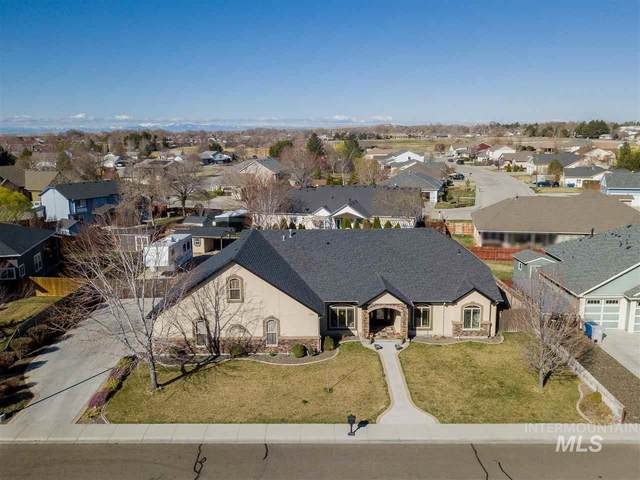 2167 NE Crestwood Place, Mountain Home, ID 83647 (MLS #98762603) :: Beasley Realty