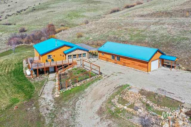 45 Zimmer Ln, Horseshoe Bend, ID 83629 (MLS #98762660) :: New View Team