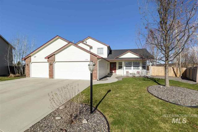 2895 N Lochsa Way, Meridian, ID 83646 (MLS #98762697) :: Team One Group Real Estate