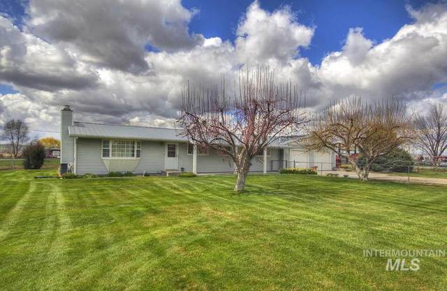 3801 S Mill Rd, Emmett, ID 83617 (MLS #98762699) :: Bafundi Real Estate