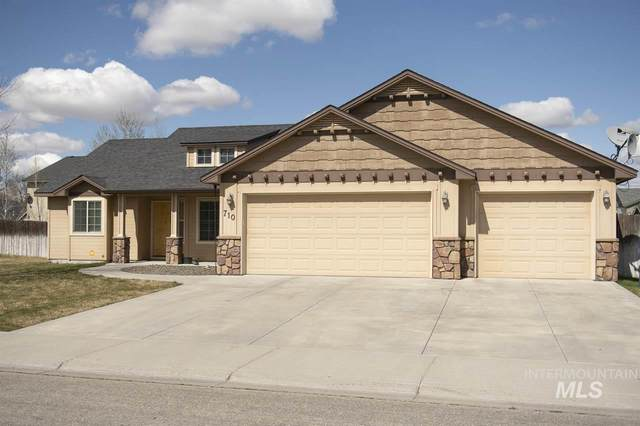 710 SW Panner, Mountain Home, ID 83647 (MLS #98762703) :: Beasley Realty