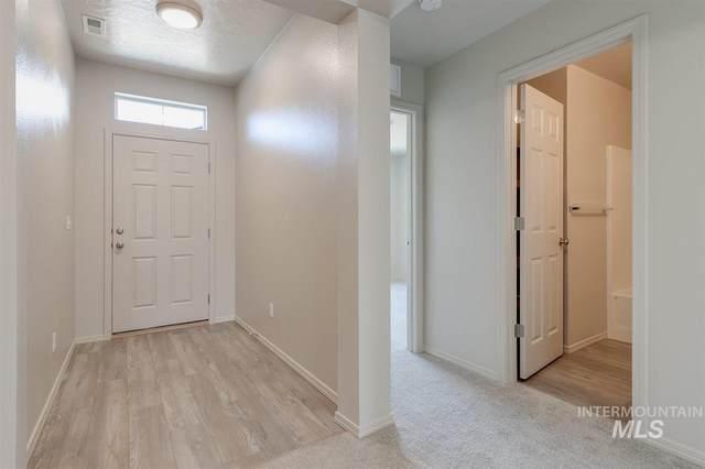 19542 Stowe Way, Caldwell, ID 83605 (MLS #98762815) :: Minegar Gamble Premier Real Estate Services
