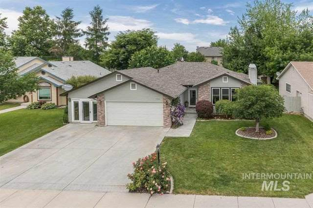 9760 W Cascade, Boise, ID 83704 (MLS #98762838) :: Team One Group Real Estate