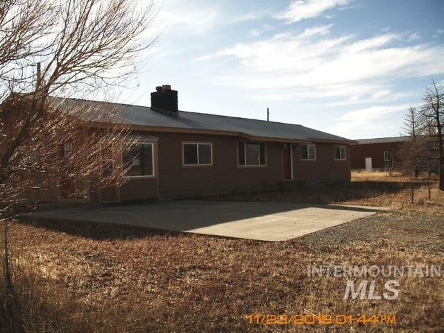 900 West 100 South, Fairfield, ID 83327 (MLS #98763147) :: Boise River Realty