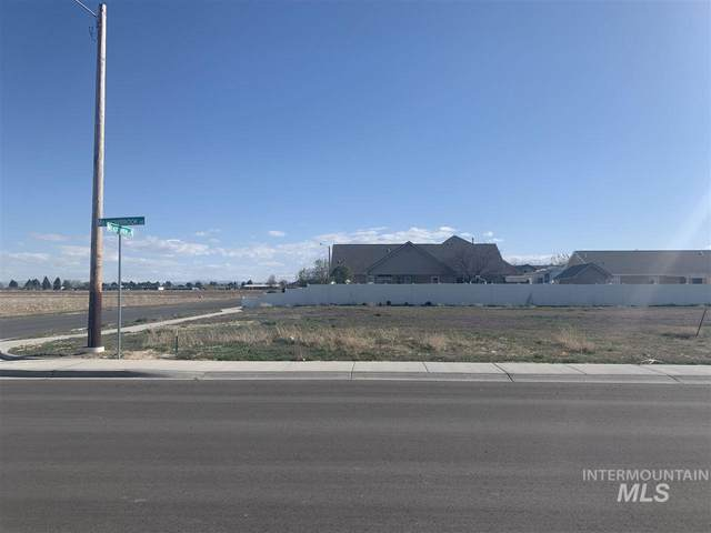 2796 Meadowbrook Drive, Twin Falls, ID 83301 (MLS #98764343) :: Story Real Estate