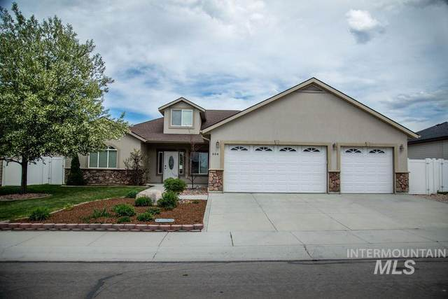 664 Sunshine Dr., Twin Falls, ID 83301 (MLS #98765385) :: Minegar Gamble Premier Real Estate Services
