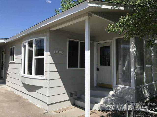 1260 E 5th N, Mountain Home, ID 83647 (MLS #98765599) :: Boise River Realty