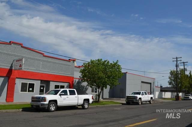 928 W Main St, Walla Walla, WA 99362 (MLS #98766019) :: Jon Gosche Real Estate, LLC