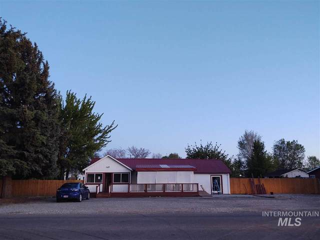 201 E 12th Street, Emmett, ID 83617 (MLS #98766099) :: Full Sail Real Estate