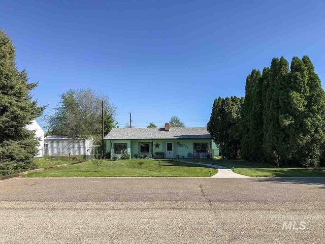 411 SW 2nd St, Fruitland, ID 83619 (MLS #98766413) :: Jon Gosche Real Estate, LLC