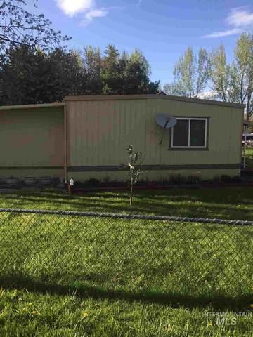 1200 Artesian, Eagle, ID 83616 (MLS #98766464) :: Boise Home Pros