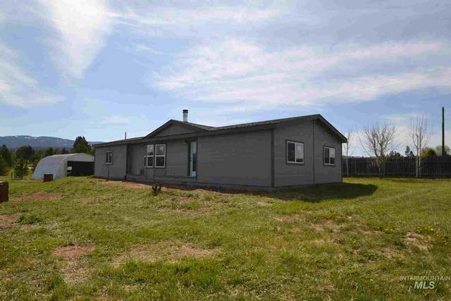 54 Pine Cone Lane, Cascade, ID 83611 (MLS #98766484) :: Story Real Estate